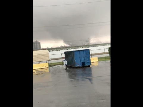 Tornado in New Orleans East (Michoud area)