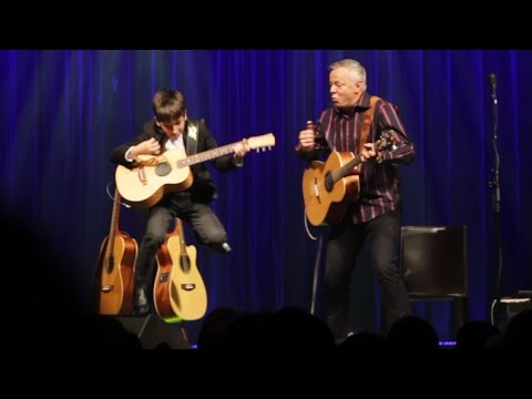 Tommy Emmanuel & Frano (11yr old) | Classical Gas