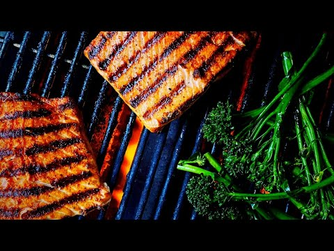 how to GRILL SALMON that EATS LIKE A STEAK -  Amazing Salmon Rub and Recipe