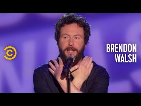 Brendon Walsh Doesn't Want to Hear Your Drunk Karaoke - The Half Hour