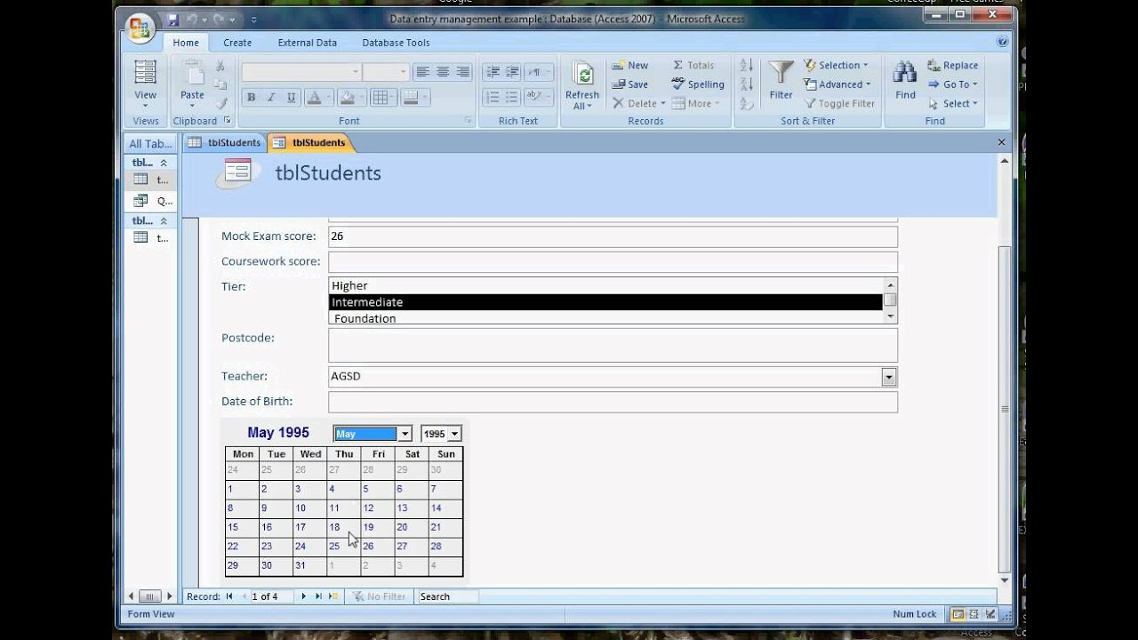 Adding Calendar controls to a form in Access 2007 avi