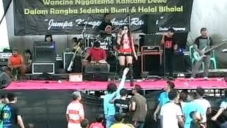 Video MAWAR HITAM - DANGDUT KOPLO NEW BINTANG 9 download MP3, 3GP, MP4, WEBM, AVI, FLV Agustus 2017