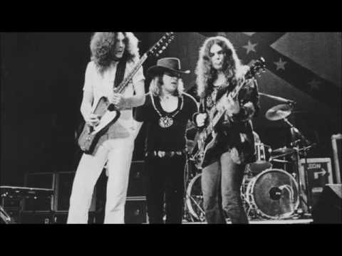 Lynyrd Skynyrd - That Smell (Lyrics HD)