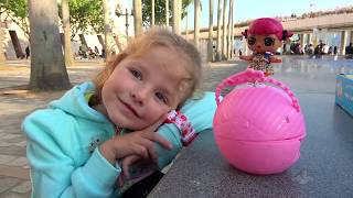 Milusik and Shopping in toys store with Funny Kid Surprise Dolls
