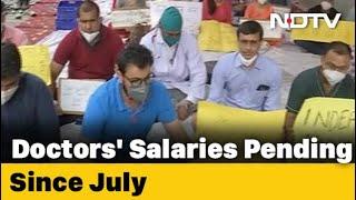 Delhi Doctors Protesting Against No Pay Go On Indefinite Hunger Strike
