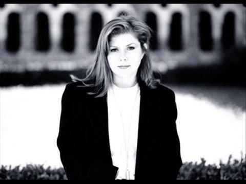Kirsty MacColl - Soho Square