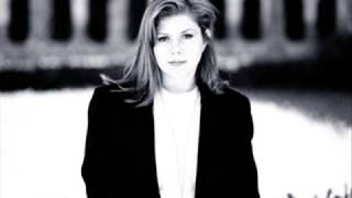 Watch Kirsty MacColl Soho Square video