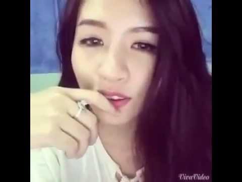 """QTV đàn cho Kim Joon Shin hát """"Come Back Home"""" cực hay!!"""