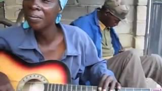 finger style guitar kiểu châu phi
