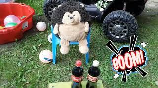 Ёжик Фуфуня хулиганит с Кока-Кола и Мэнтос - познавательное видео для детей