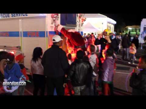 Santa Arrives at St.George's Santa Parade Dec10 2010