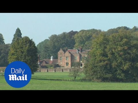 Chequers: The British PM's country retreat - Daily Mail