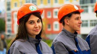16 молодых строителей Югры принесли клятву верности