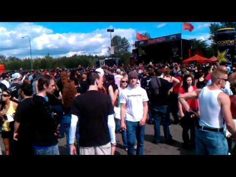 THE CROWD AT MAYHEM FESTIVAL AT THE WHITE RIVER AMPITHEATRE PART 1