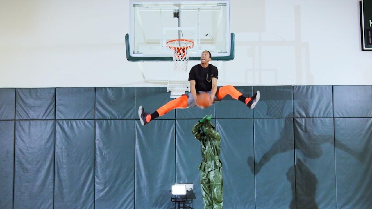 ultimate-dunk-battle-jonathan-clark-vs-cj-champion