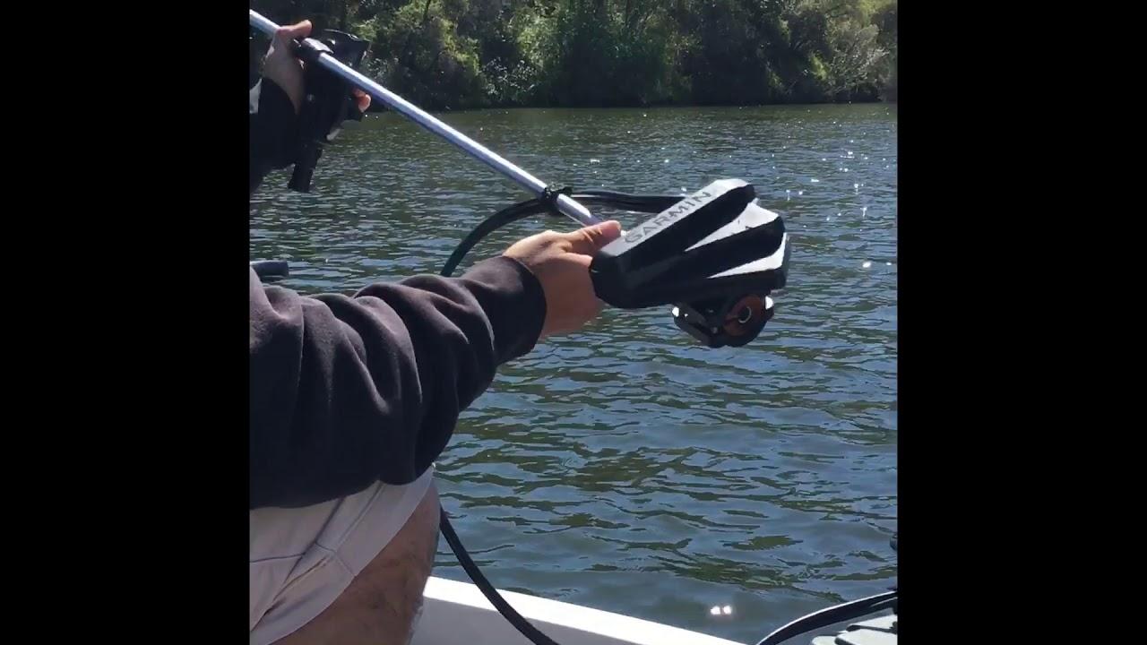 Garmin Panoptix livescope mounting boat