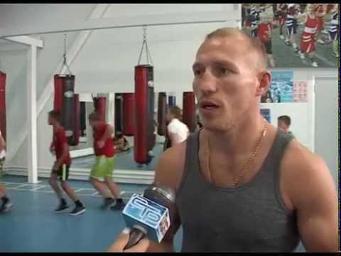 Российский боксер, уроженец Славянска на Кубани Дмитрий Михайленко