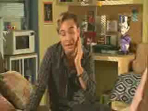 Ed Westwick on Californication Behind the Scenes Interview