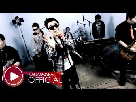 d'Asia - Ku Kan Menjagamu (Official Music Video NAGASWARA) #music