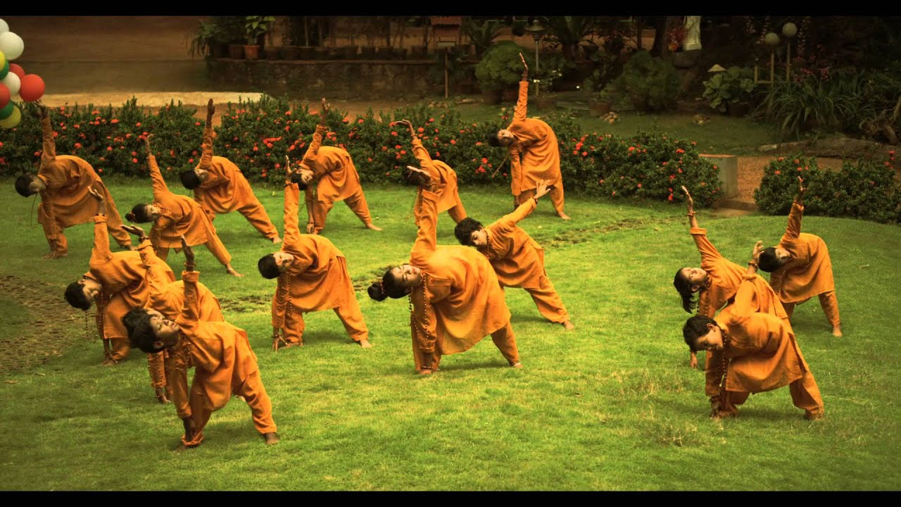 The Five Best Yoga Retreats in India