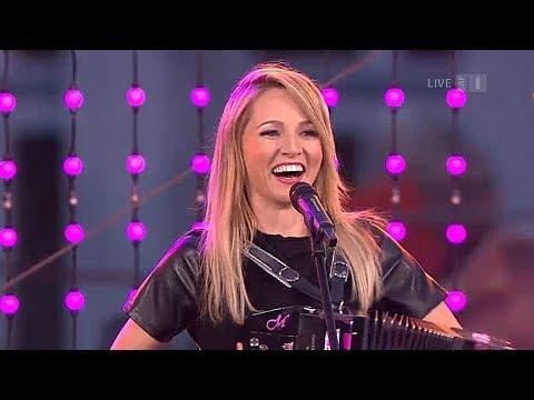 Melissa Naschenweng - Medley (SRF, Donnschtig-Jass aus Savognin 02.08.2018)