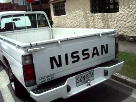 Nissan D 21 2006 Youtube