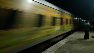 Never Seen Such Type Of Blast In Ranchi Rajdhani Express|Full Speed(, 2018-05-19T03:04:06.000Z)