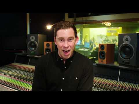 Hardwell Livestream Symphony - The Global Revolution Of Dance