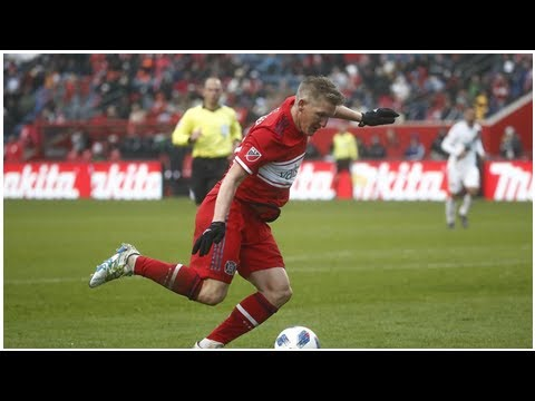 Aktuelle Nachrichten   Bastian Schweinsteiger feiert mit Chicago zweiten Saisonsieg