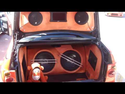Club sobre el asfalto Jetta Naranja.!.MP4