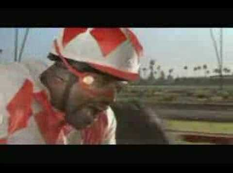 horsin'-around-with-shaq---vitaminwater-superbowl-ad