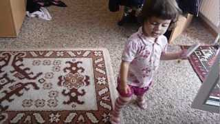 World's youngest Blackjack/ 1,5-year-old sings along to 2NE1 Part 1(This is my little niece who got addicted to 2NE1 music once she heard it =D it all goes back when I AM THE BEST came out. The song immediately got stuck in ..., 2012-08-27T14:33:42.000Z)