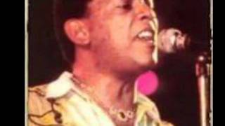 Joe Arroyo canta ..........El Medallon.wmv