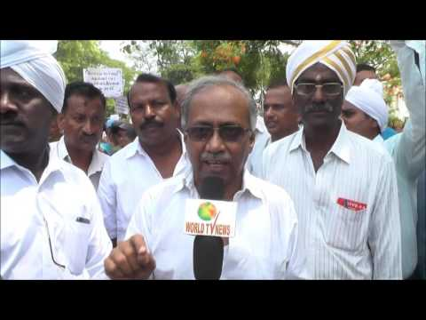 Protest against Parivar Dairies alllied and PDA   Thousand crore scam