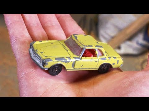 restoring-old-toy-car-with-broken-window---restoration-project
