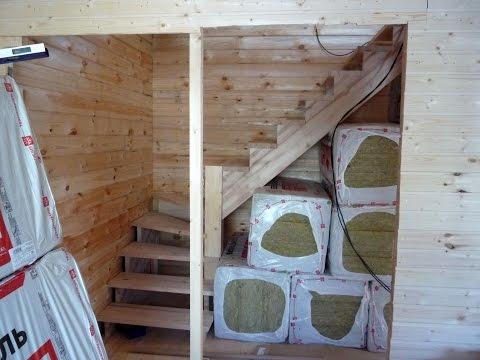 Лестница. Установка перегородок в доме с мансардой.