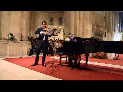 Alexandru Tomescu cu vioara Stradivarius si pianistul Eduard Kunz, la Alba Iulia