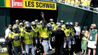 Oregon Ducks Run Out of the Tunnel vs. Nevada 9-10-11 streaming