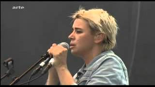 """Cat Power :  """"Ruin""""  live Norvège 2013 (With a More fluid image) & 16/9"""