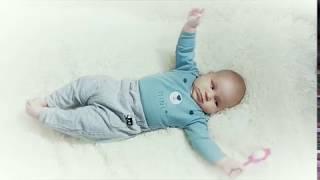 Развитие ребенка в 4 месяца: что должен уметь, рост, вес и физическое развитие