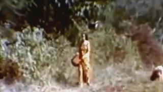 Si Manis Jembatan Ancol, Film versi 1973 - Lenny Marlina (klip)