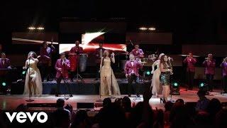 La Sonora Dinamita - Si Vos Te Vas ft. Luz María