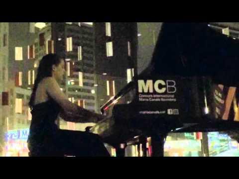 Ariadna de la Rubia - Nuvole Bianche - Piano Concert E(ART)H HOUR