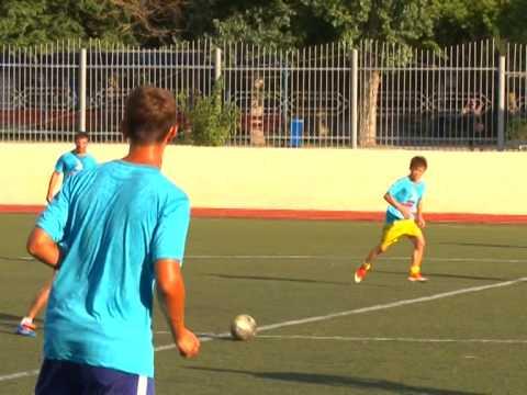 Товарищеский футбольный матч между сборными командами