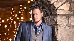 Blake Shelton Cheers Its Christmas.Blake Shelton Cheers It S Christmas Album Youtube