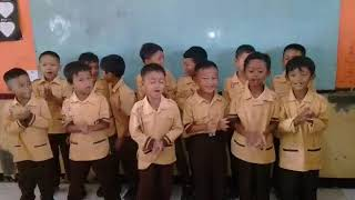 Lagu anak anak dipucuk pohon cemara