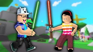 ROBLOX: OLD MAN AND AUNT GRACE IN THE SUPER BATTLE OF LIGHTSABERS! (Saber Simulator)