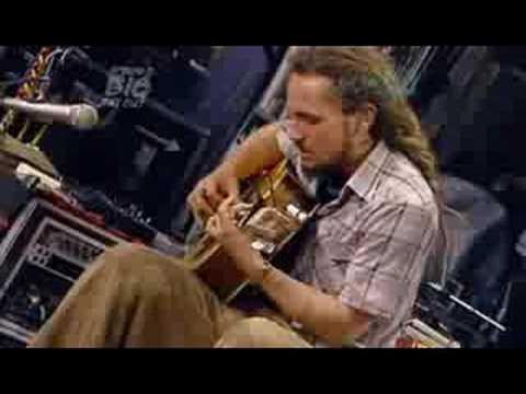 John Butler Trio  04  Ocean BDO 2007
