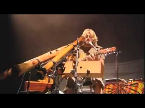 Amazing musical performance Video  - Xavier Rudd