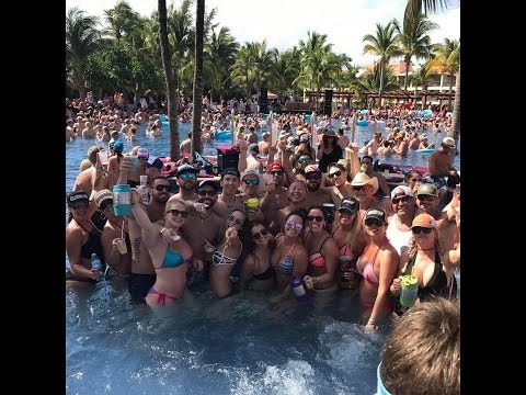 Luke Bryans Crash My Playa 2017 Pool Party